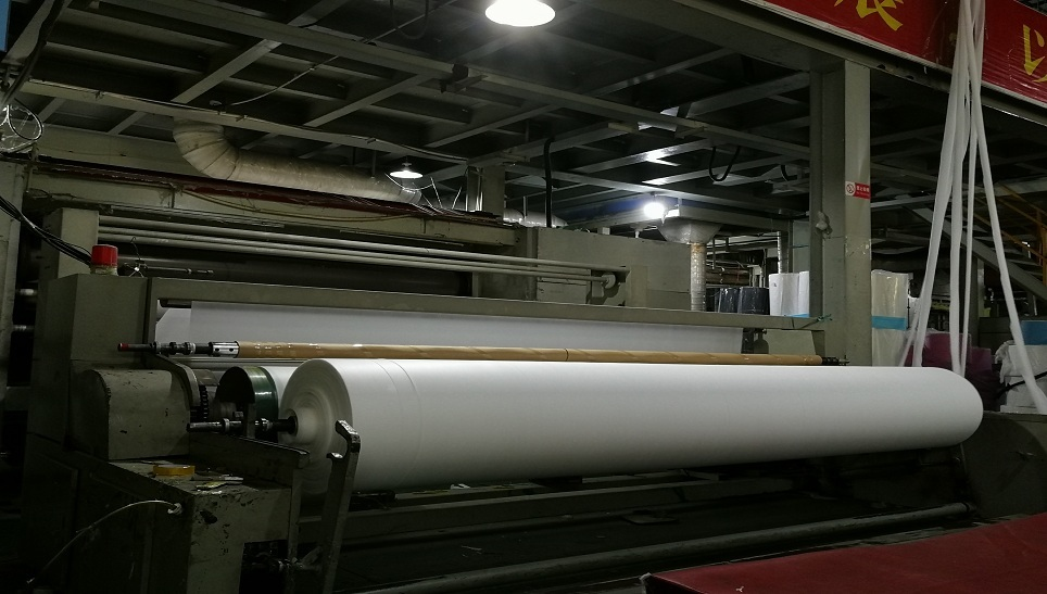 Jinchen PP Spunbond Nonwoven Roll production