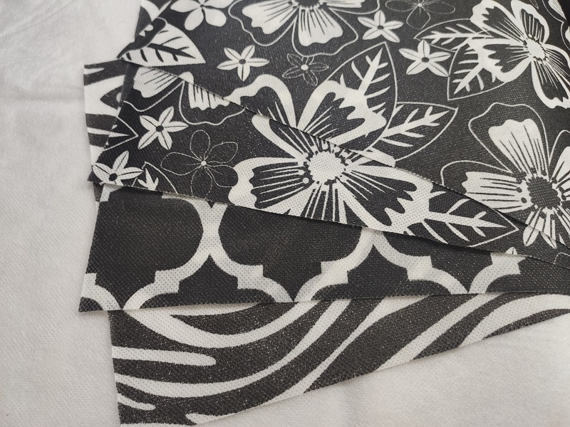 Printing PP Spunbond Nonwoven Fabric in Roll