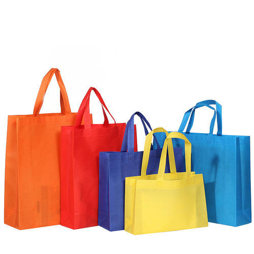 Non-woven shopping bags are environmentally friendly and biodegradable